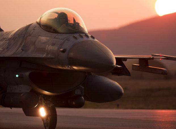 F16-prosgeiosi